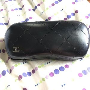 Chanel Sunglasses Case🕶